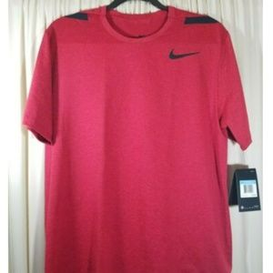 Nike Men's Hyper Max Training Top Size Medium